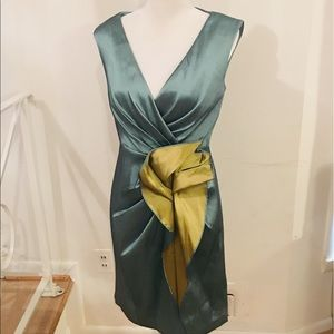 Kay Unger Mint Green and Gold Side Bow Dress Sz 8
